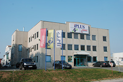 iPLUS_building_web
